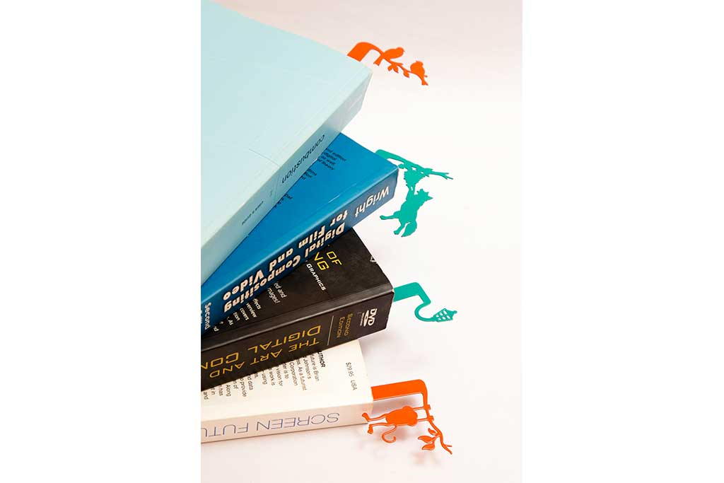 HANG-ON BOOKMARKS